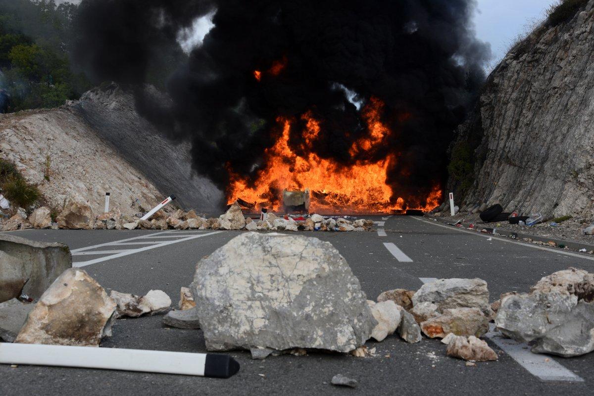 Karadağ'da taht töreni protestosu #2