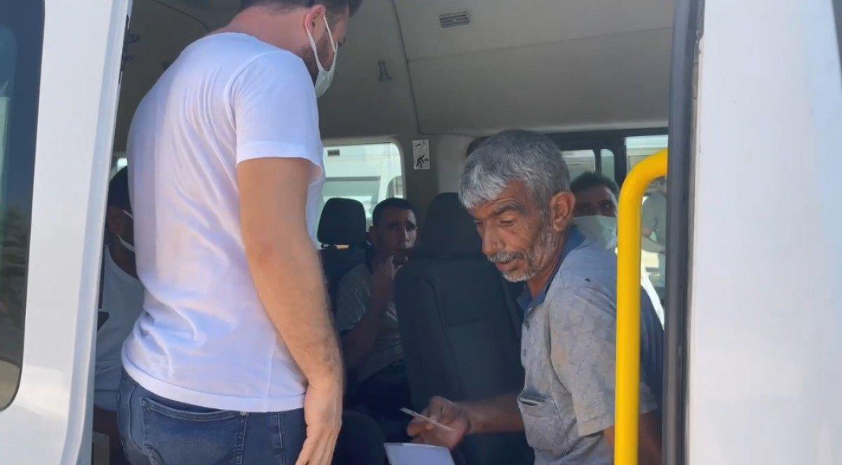 Şanlıurfa polisinden yolculara koronavirüs aşısı daveti #3