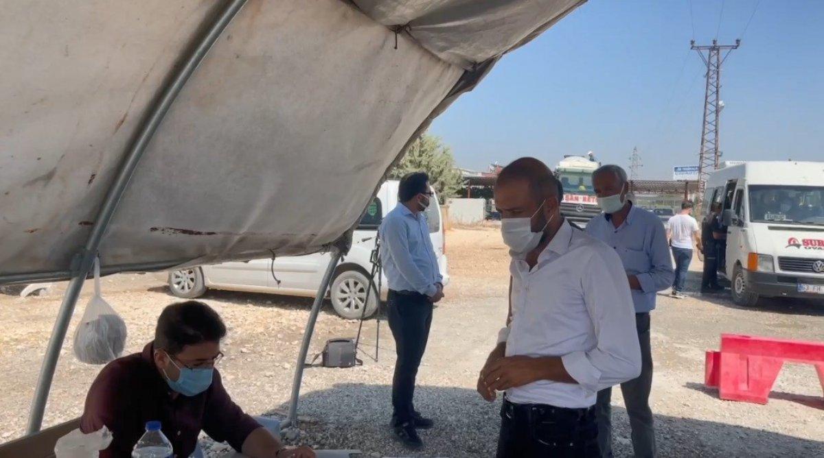 Şanlıurfa polisinden yolculara koronavirüs aşısı daveti #6