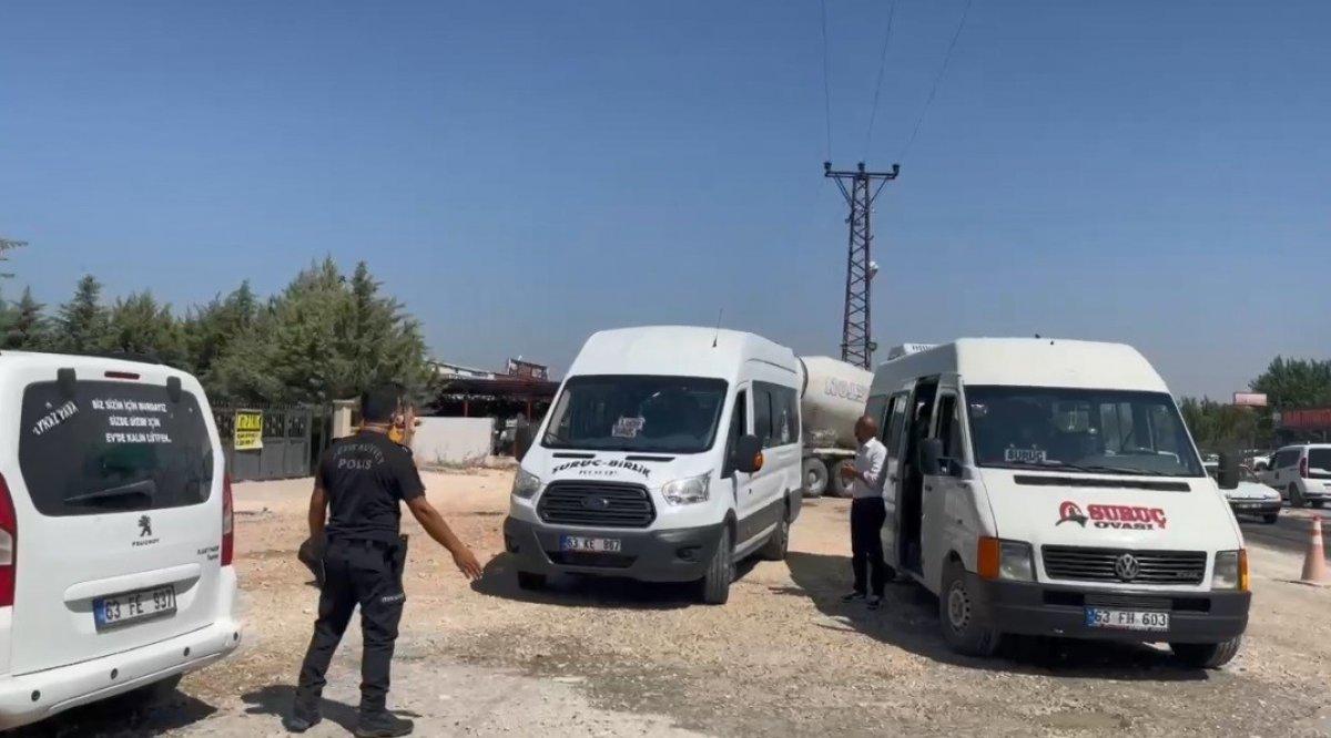 Şanlıurfa polisinden yolculara koronavirüs aşısı daveti #4