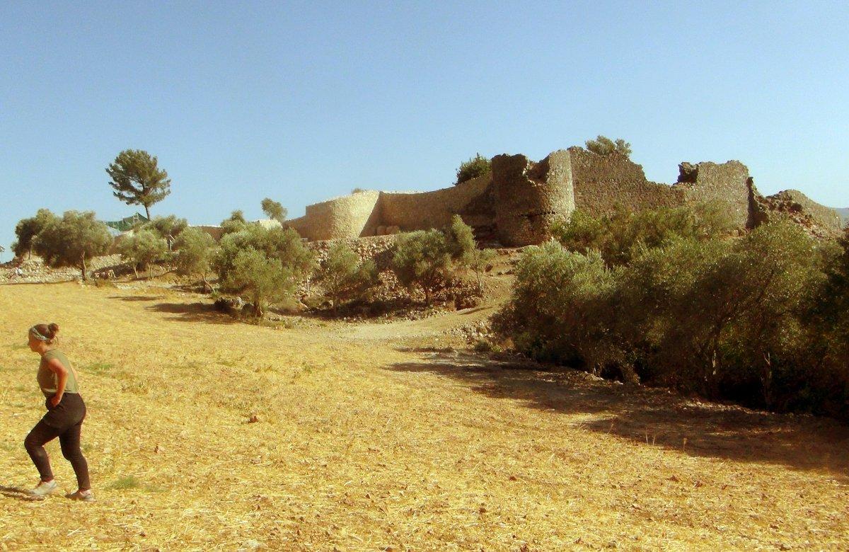 Muğla'nın Ula ilçesindeki kale surları 10 ayda ortaya çıktı #6