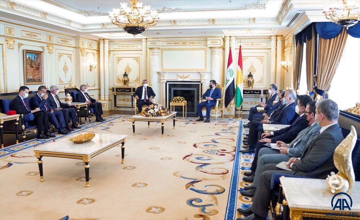 Barzani ile görüşen CHP ye Türk bayrağı tepkisi #2