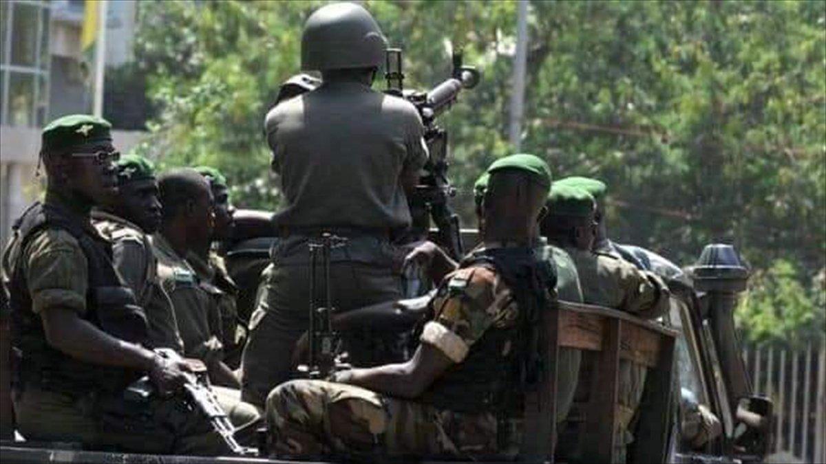 Gine de sokağa çıkma yasağı ilan edildi #1