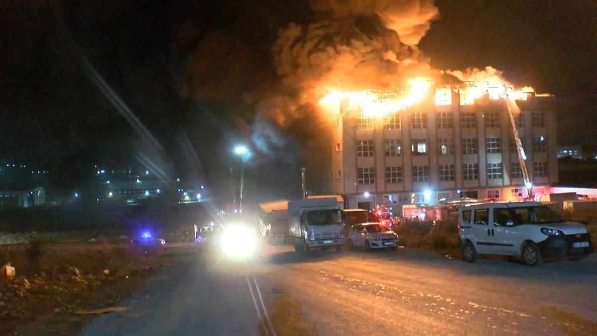 Arnavutköy de fabrikada yangın çıktı #4