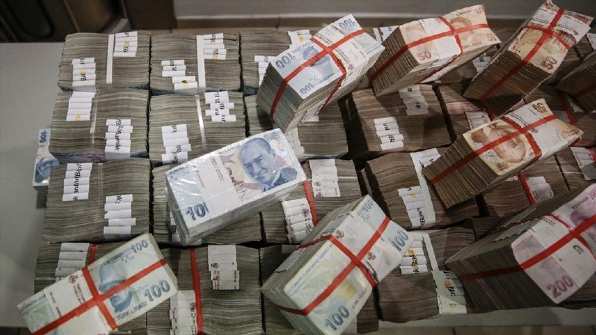 Kamu ödenekleri teklifinde en büyük pay Hazine ve Maliye Bakanlığı nın #1