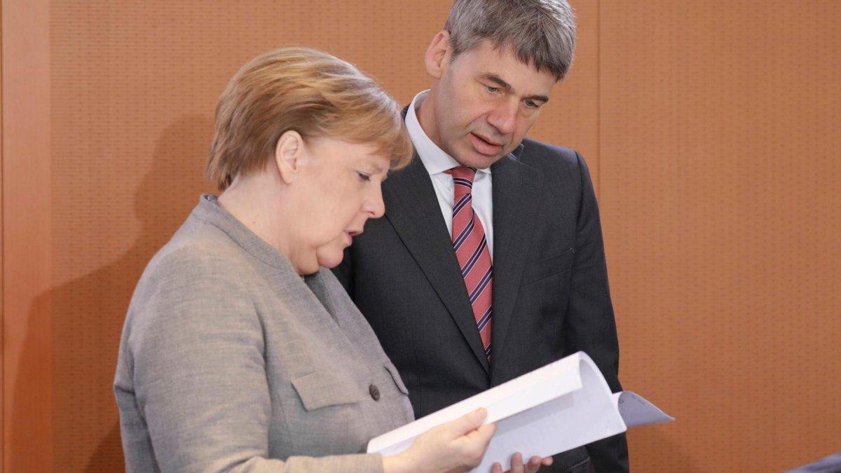 Almanya'nın Pekin Büyükelçisi Jan Hecker, yaşamını yitirdi #1