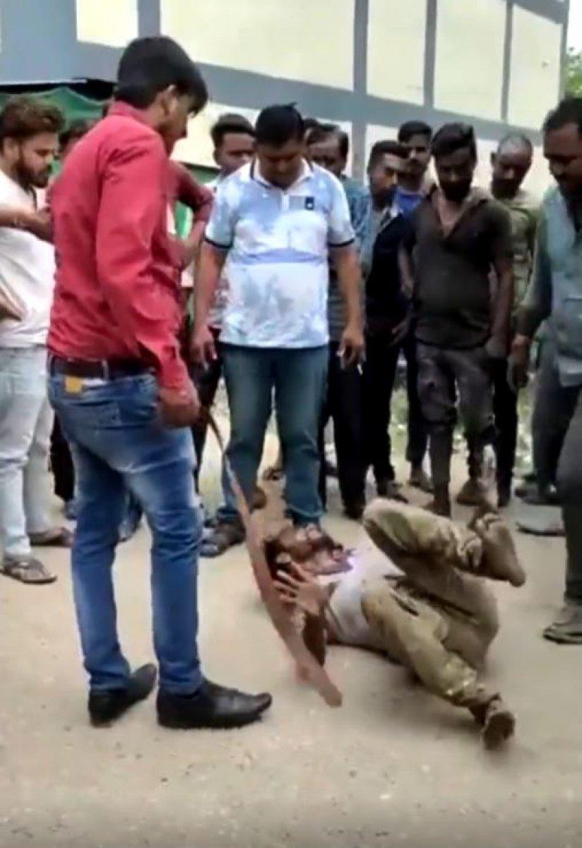 Hindistan da Müslümanlara şiddet görüntüleri #2