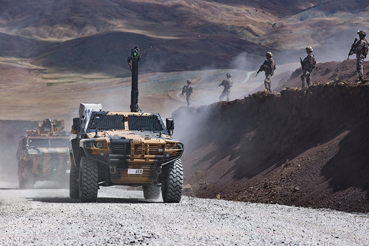İran sınırında güvenlik önlemleri üst düzeyde tutuluyor #2