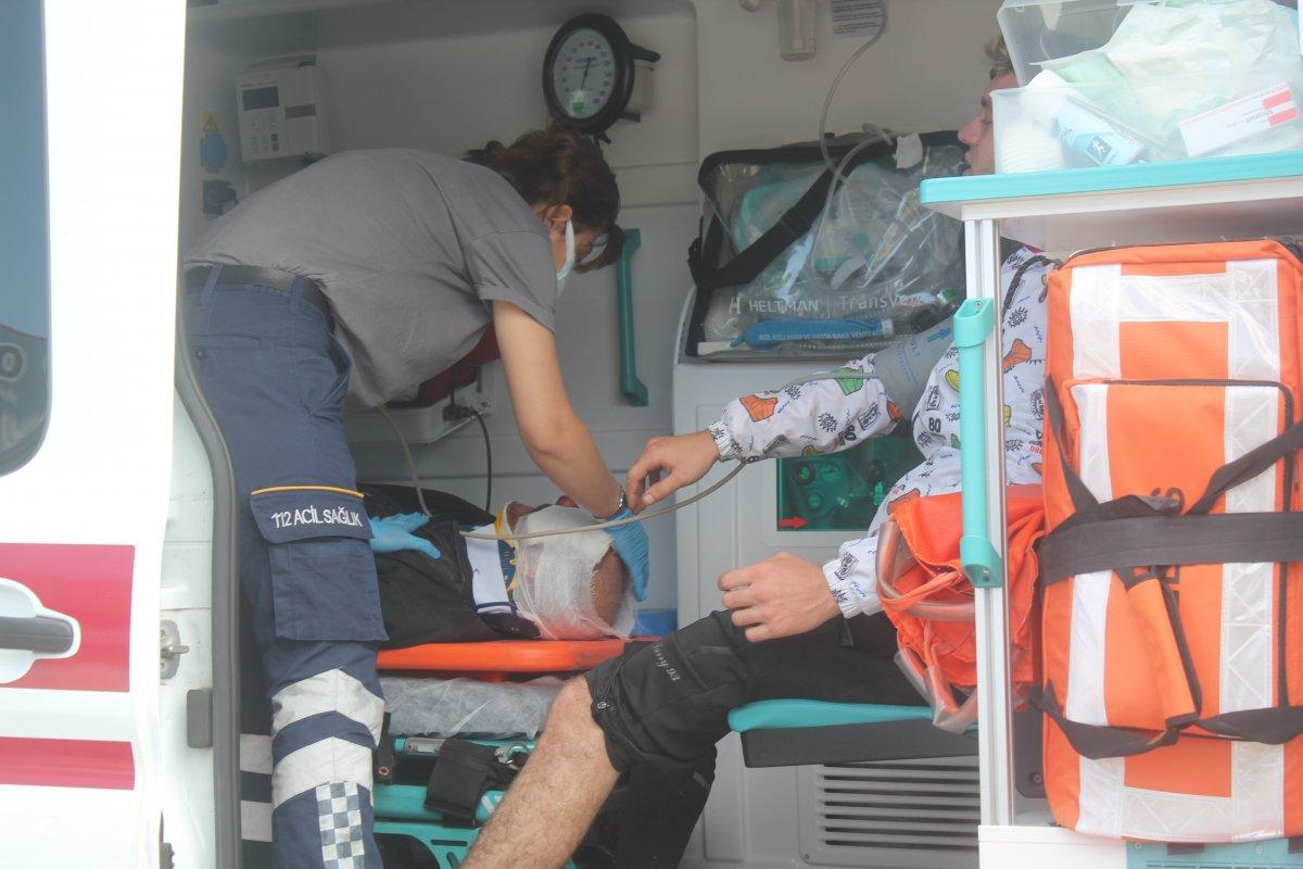 Ordu da motosiklet ile otomobil çarpıştı: 2 yaralı #3