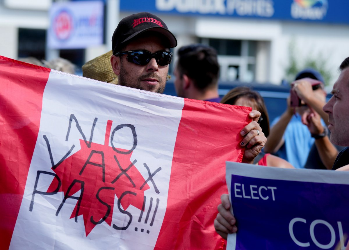 Kanada Başbakanı Justin Trudeau taşlı saldırıya uğradı #4