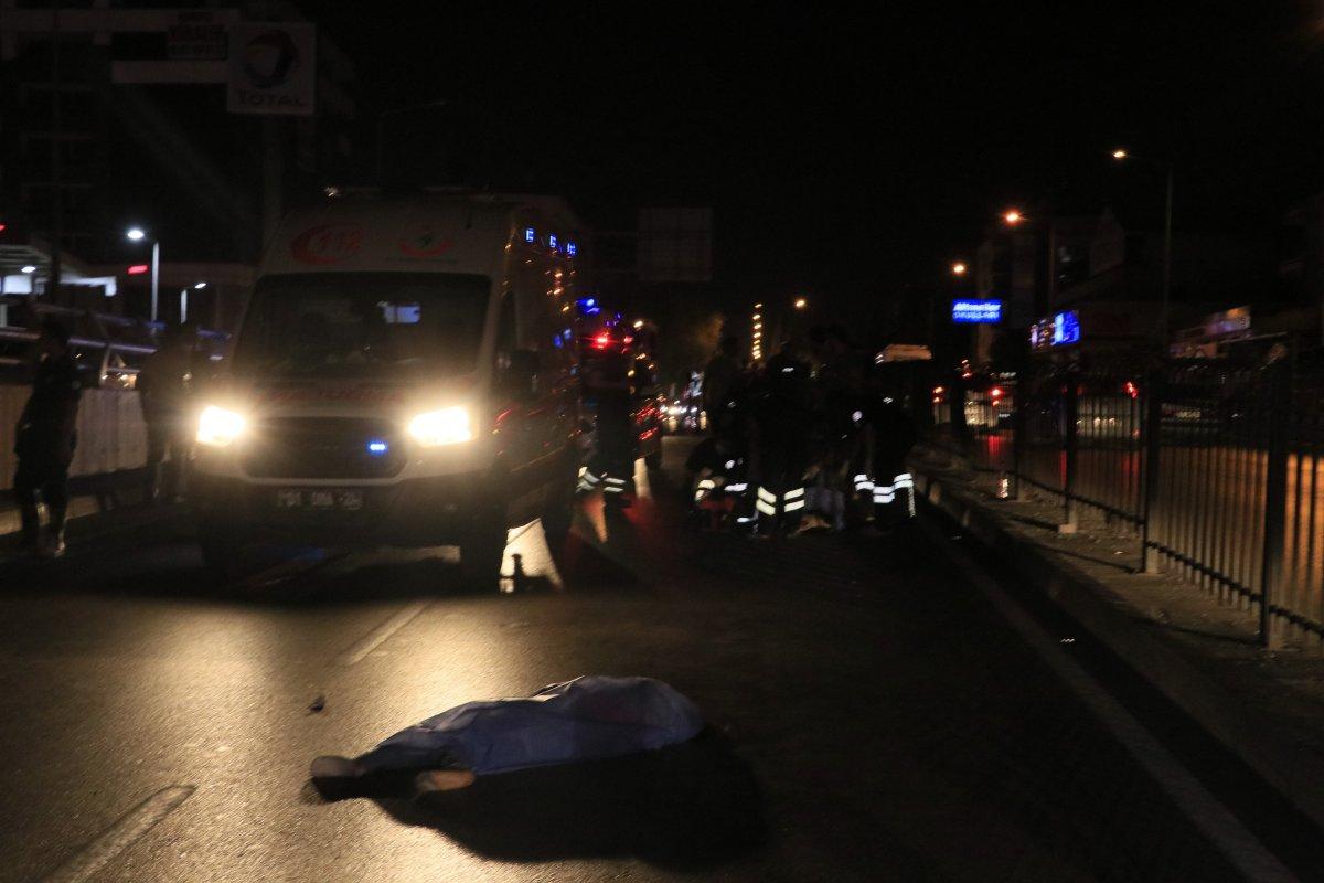 Adana da iki yabancı uyruklu kız, araba çarpması sonucu hayatını kaybetti #4