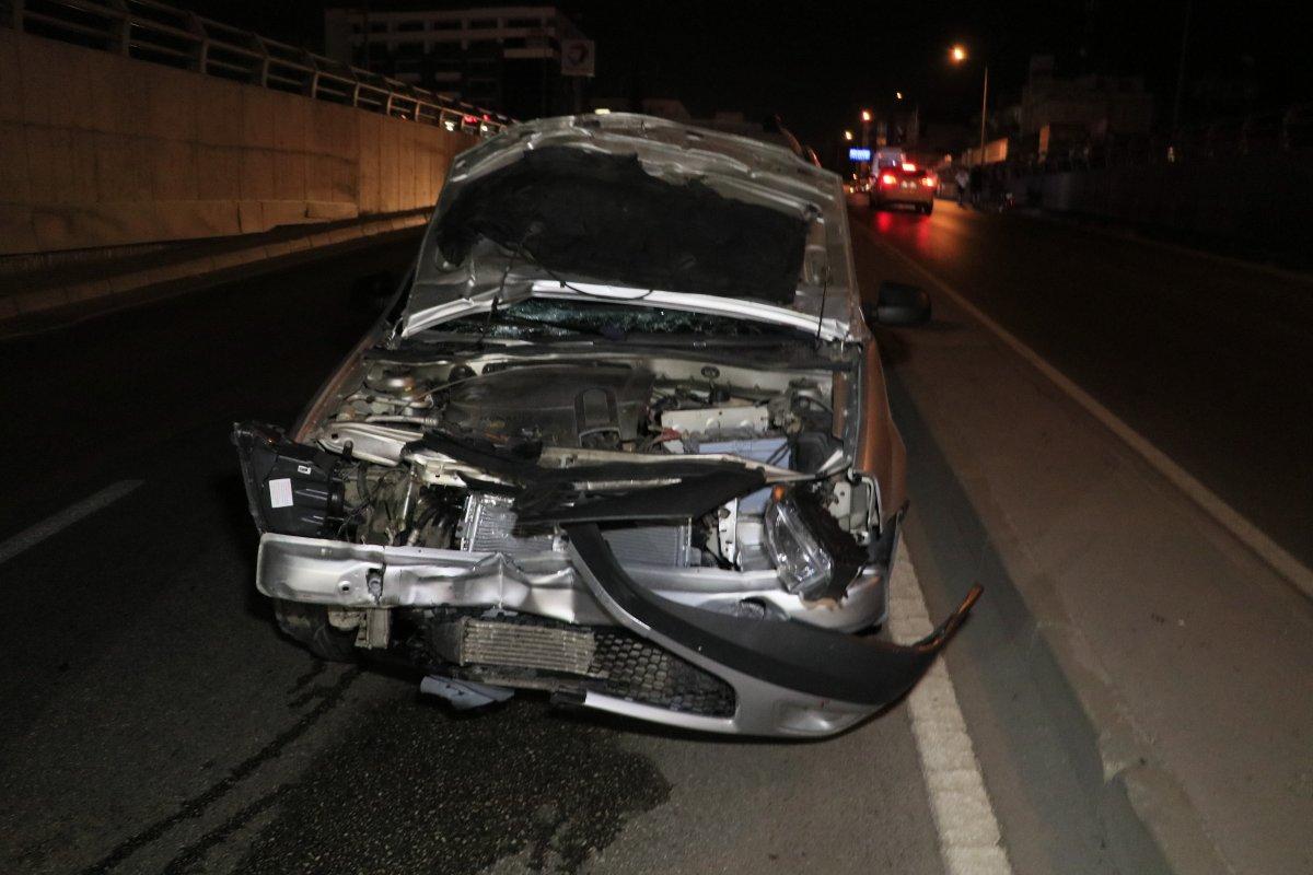 Adana da iki yabancı uyruklu kız, araba çarpması sonucu hayatını kaybetti #2