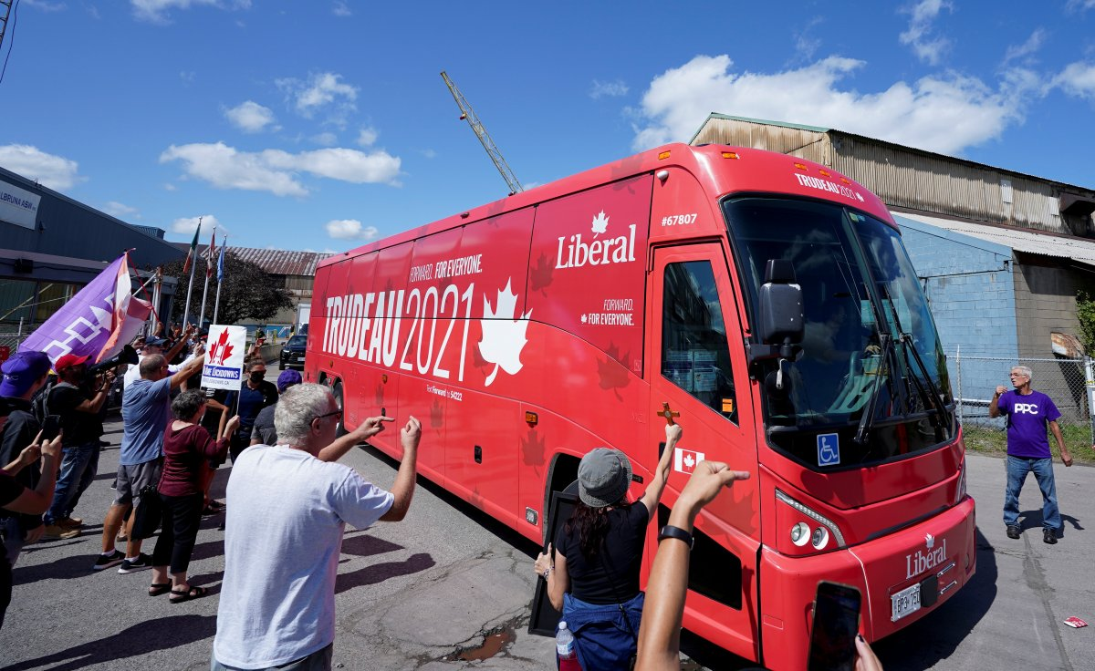Kanada Başbakanı Justin Trudeau taşlı saldırıya uğradı #2