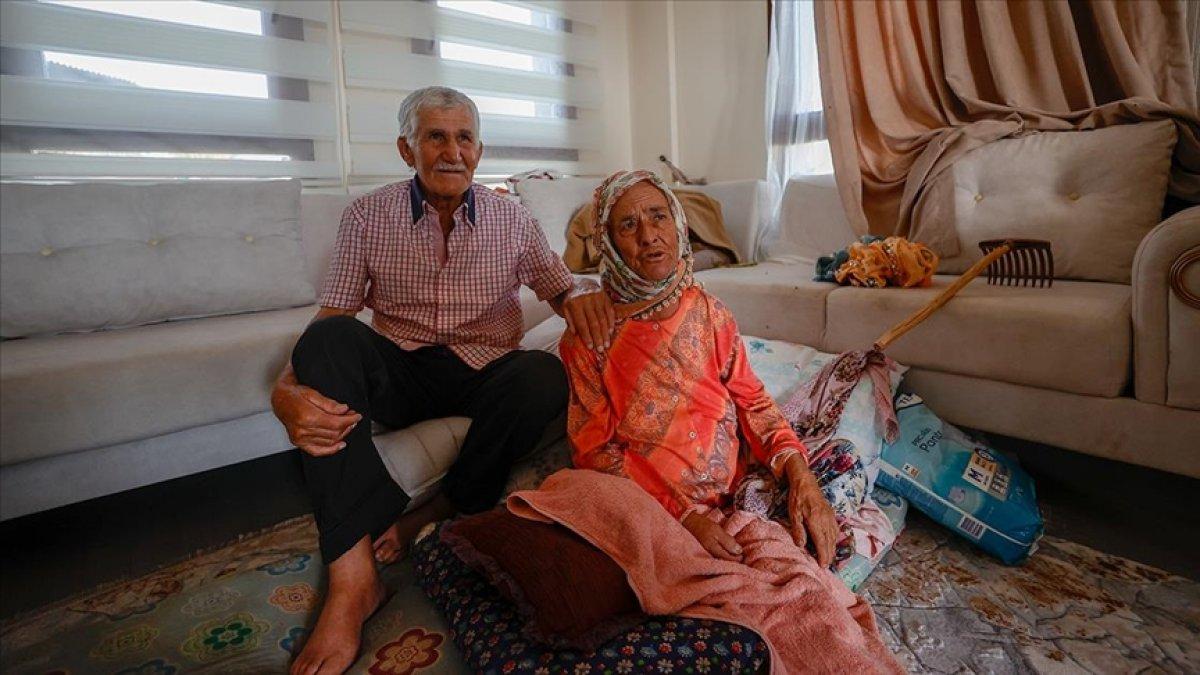 Antalya da yaşlı çifte, yanan evlerinin yerine 17 günde yenisi teslim edildi #1
