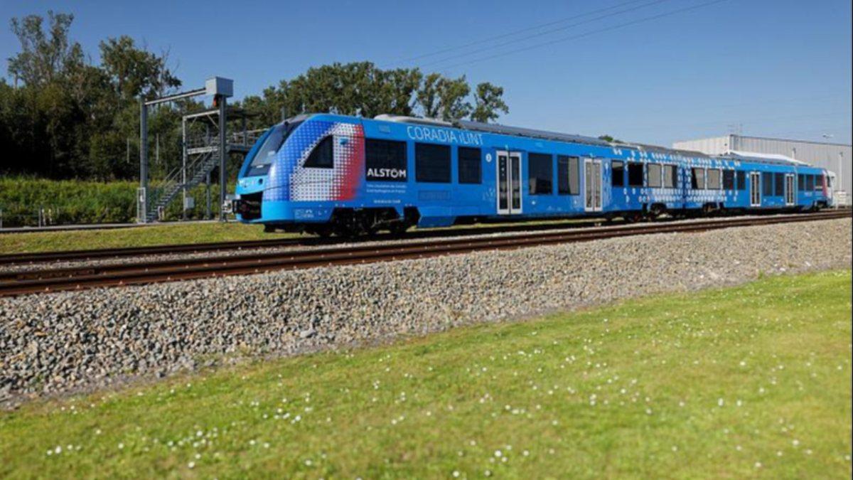 Dünyanın ilk hidrojen treni Fransada test edildi
