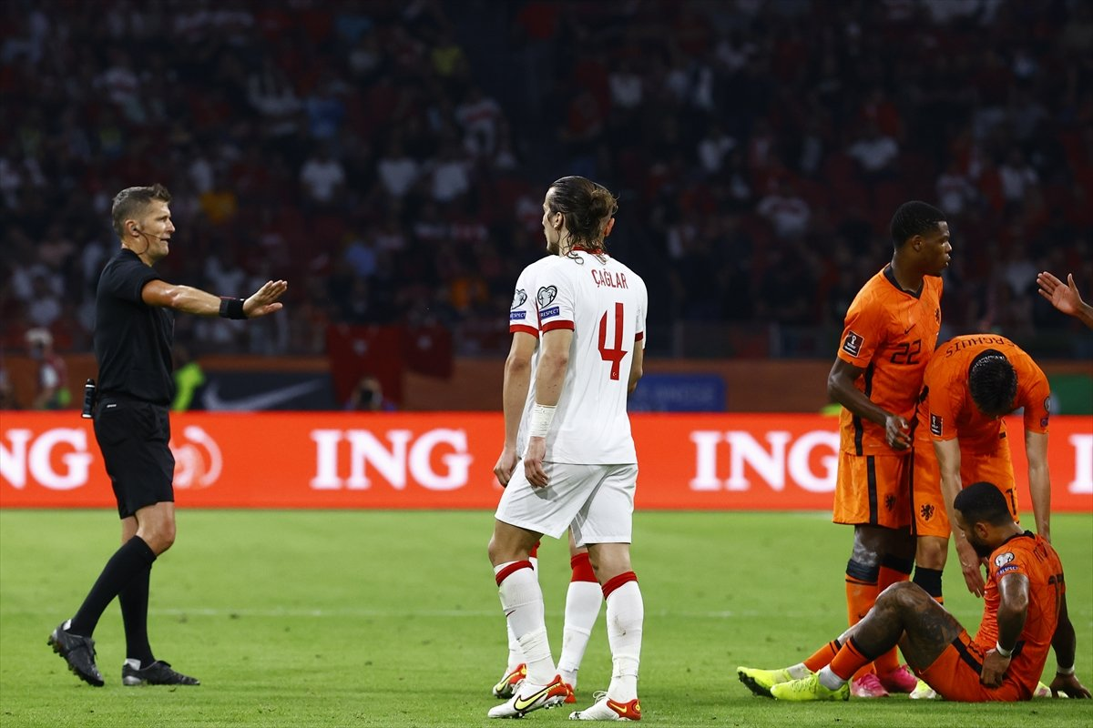 Milli Takım, Hollanda ya farklı yenildi #4