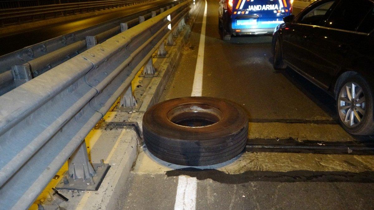 Antalya da kamyon tekerleri dehşet saçtı: Önce ölüm sonra kaza  #3