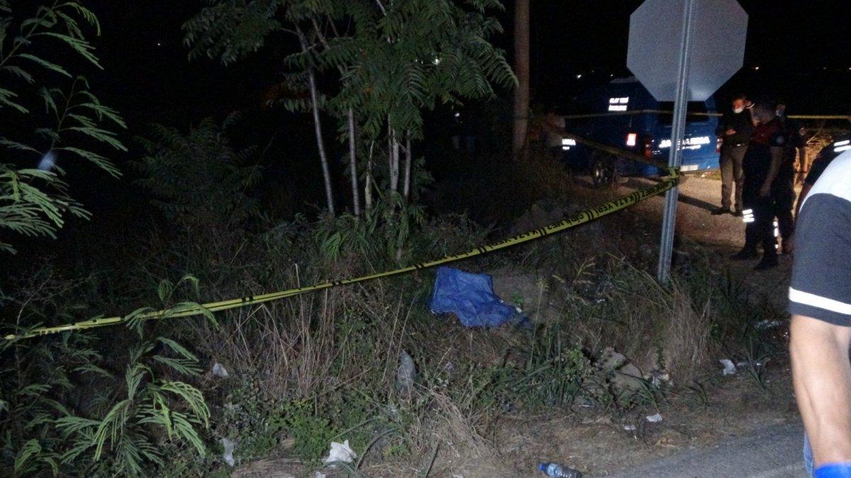 Antalya da kamyon tekerleri dehşet saçtı: Önce ölüm sonra kaza  #2