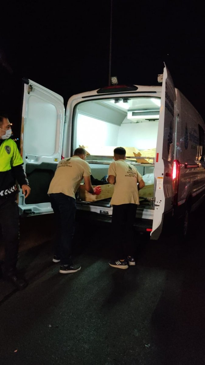 İstanbul da motosiklet makas atarken kaza yaptı: 2 ölü #3