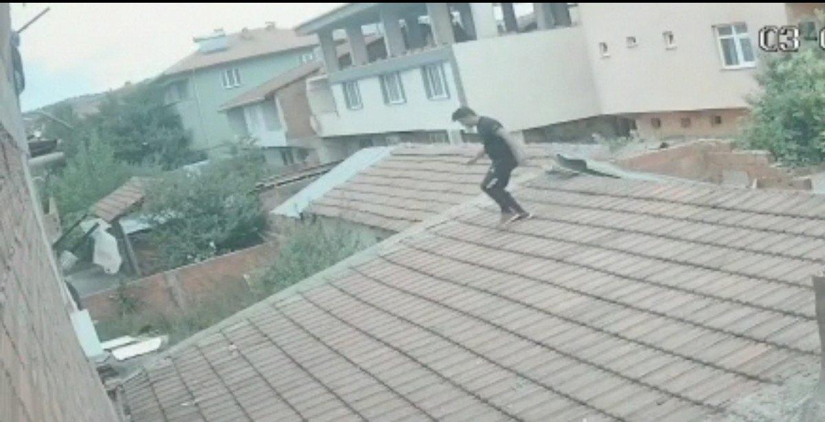 Bursa da akrabasının evine balkondan girip eşini darbetti #1