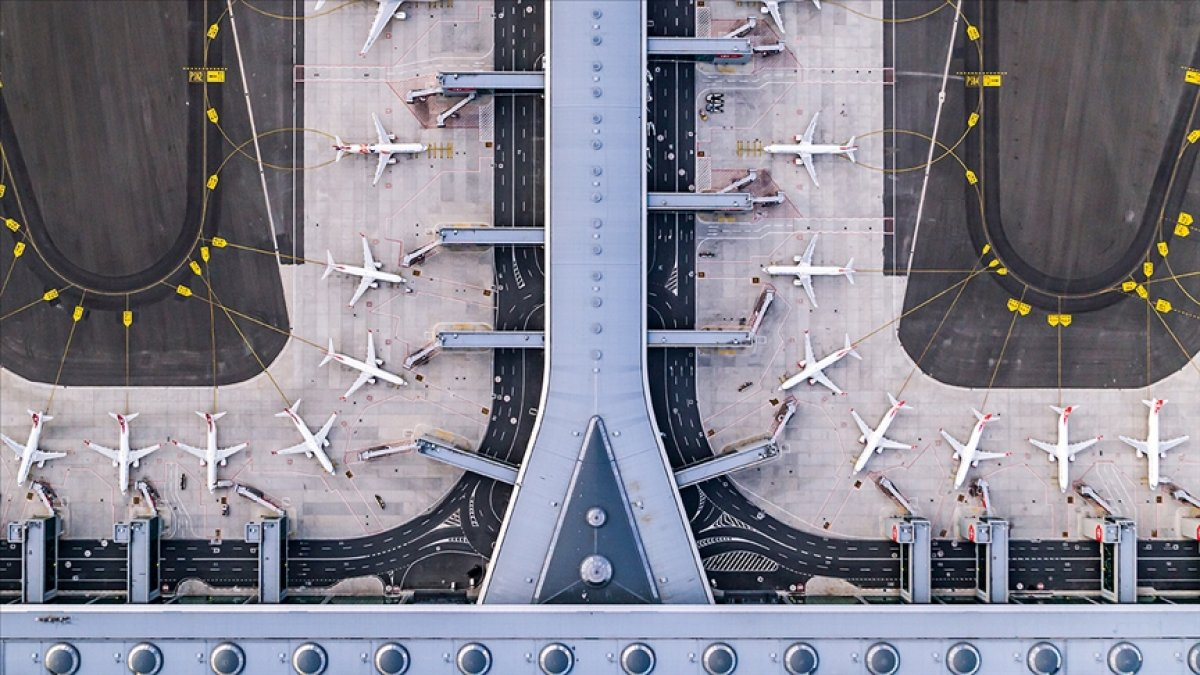 İstanbul Havalimanı 8 ayda 20 milyon 972 bin 497 yolcuyu ağırladı #1