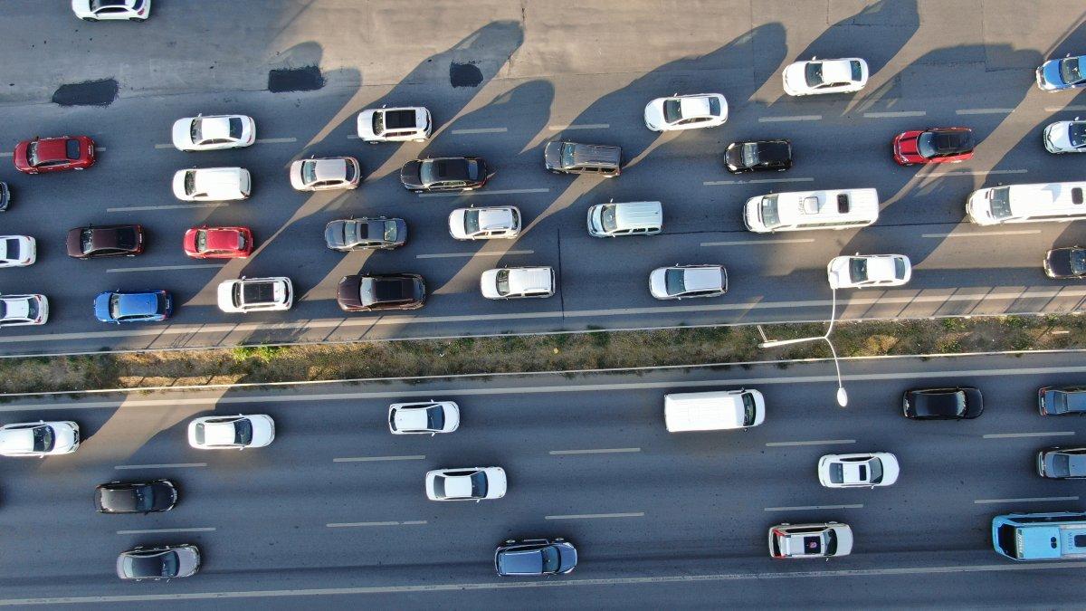 İstanbul'da trafik mesaisi başladı #4