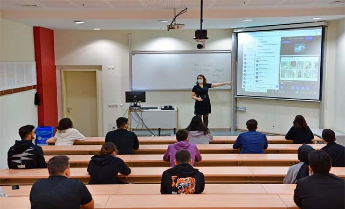 YÖK Başkanı Erol Özvar'dan üniversitelerdeki yüz yüze eğitime ilişkin açıklamalar #3