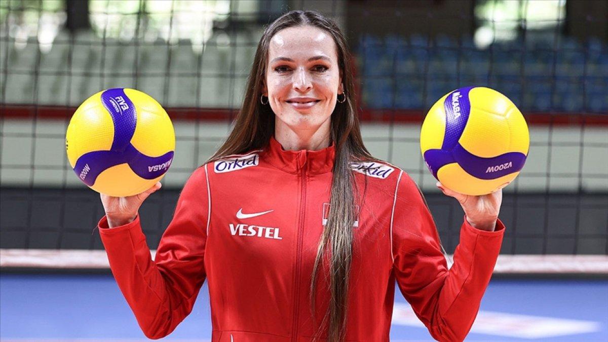 Eda Erdem, 2021 Avrupa Voleybol Şampiyonası nın rüya takımında yer aldı #2