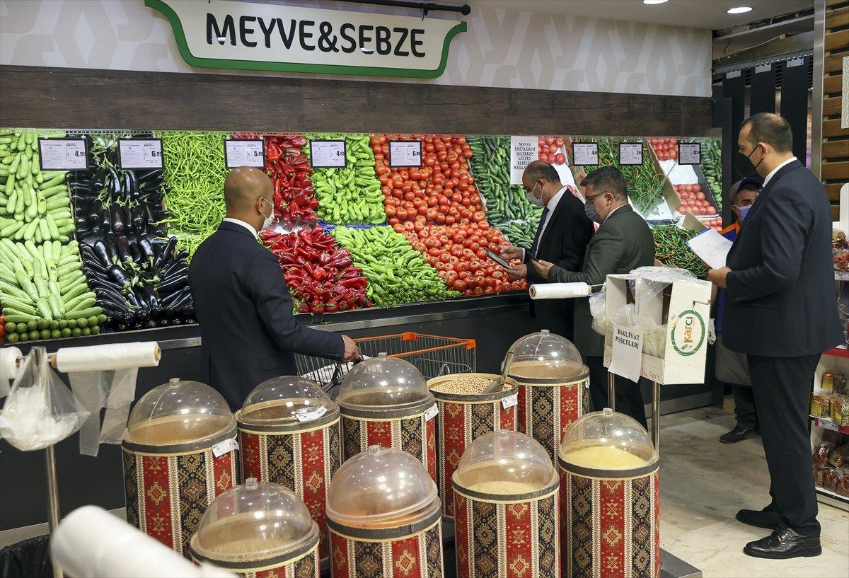 Ticaret Bakanlığı marketlerde fahiş fiyat denetimi yaptı #6