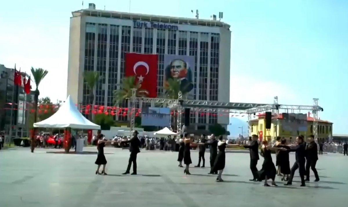 İzmir'in düşman işgalinden kurtuluşuna vals ile kutlama #4