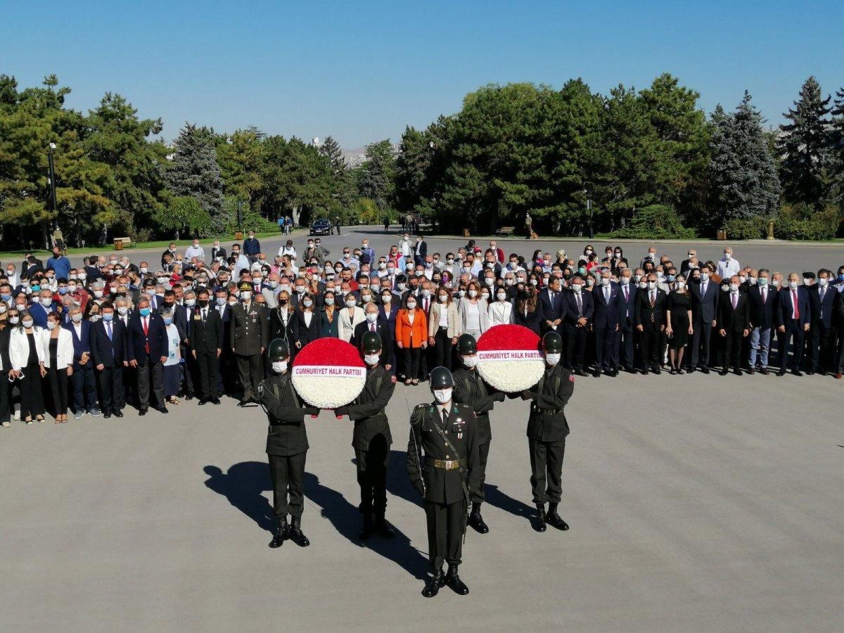 CHP, kuruluşunun 98 inci yıl dönümünde Anıtkabir de #3