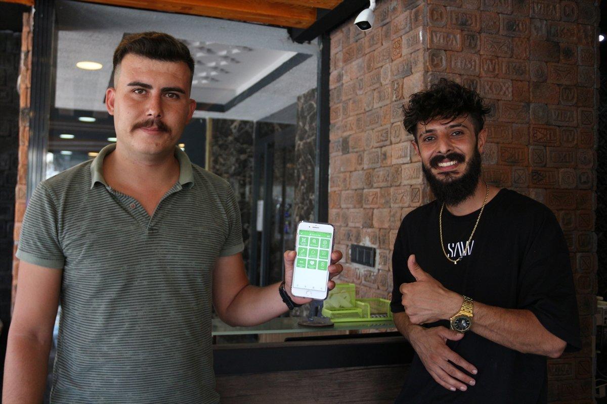 Antalyalı kuaförün aşı kampanyası #5