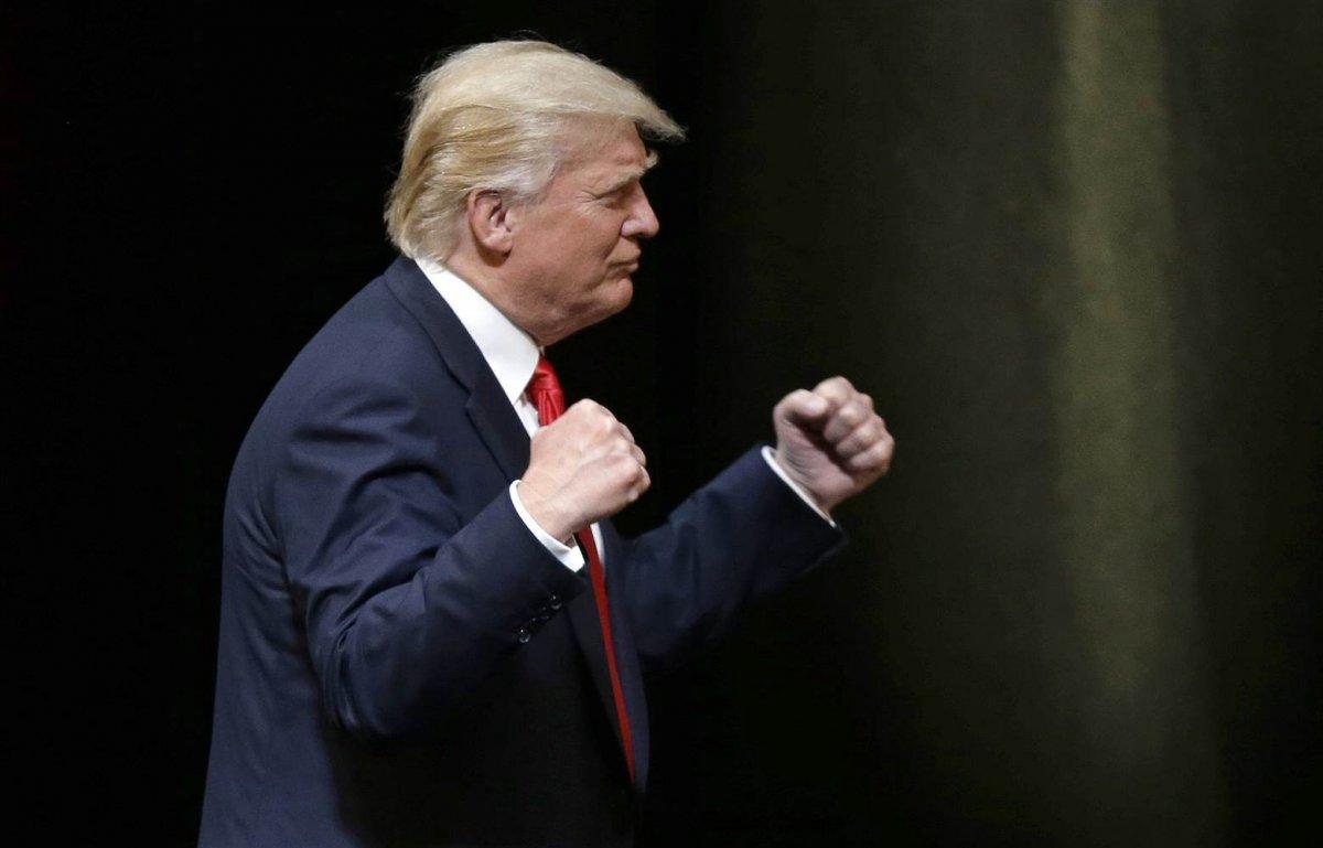 Donald Trump tan Joe Biden a boks göndermesi #1