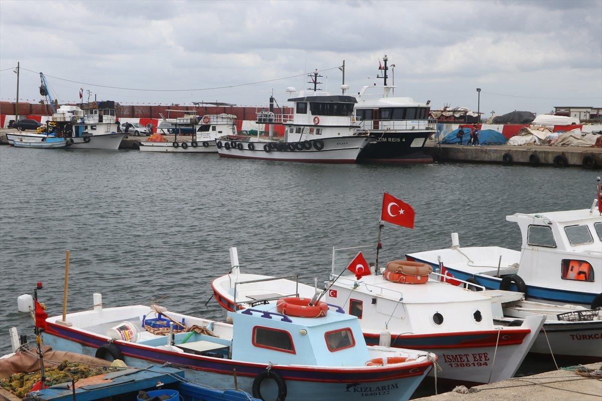 Tekirdağ daki balıkçıların zorunlu  poyraz  arası bugün bitiyor #3