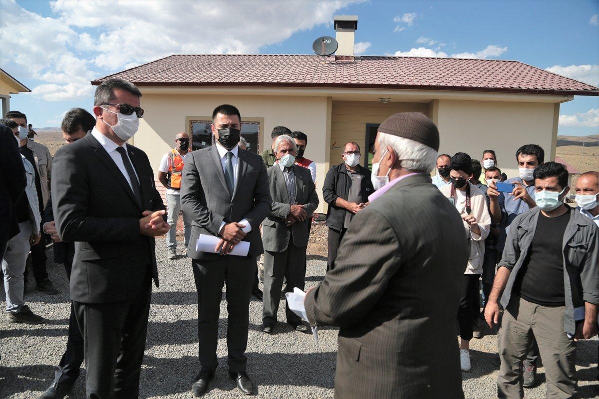 Erzurum'da, depremzedelere 350 konutun teslimi bu yıl yapılacak  #5