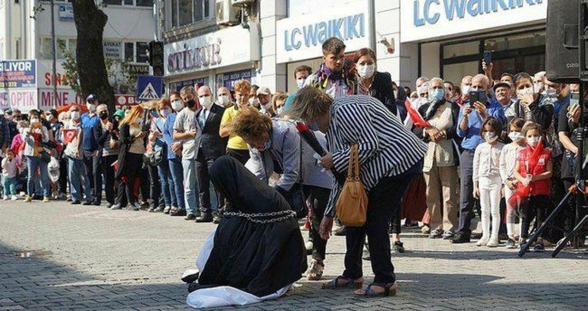 CHP li Edremit Belediyesi nden zincirli kadın gösterisine ilişkin açıklama #1