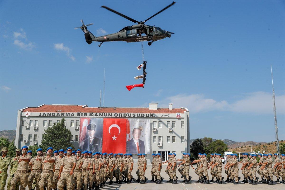 Foça da jandarmalar, terörle mücadele eğitimini tamamladı #13