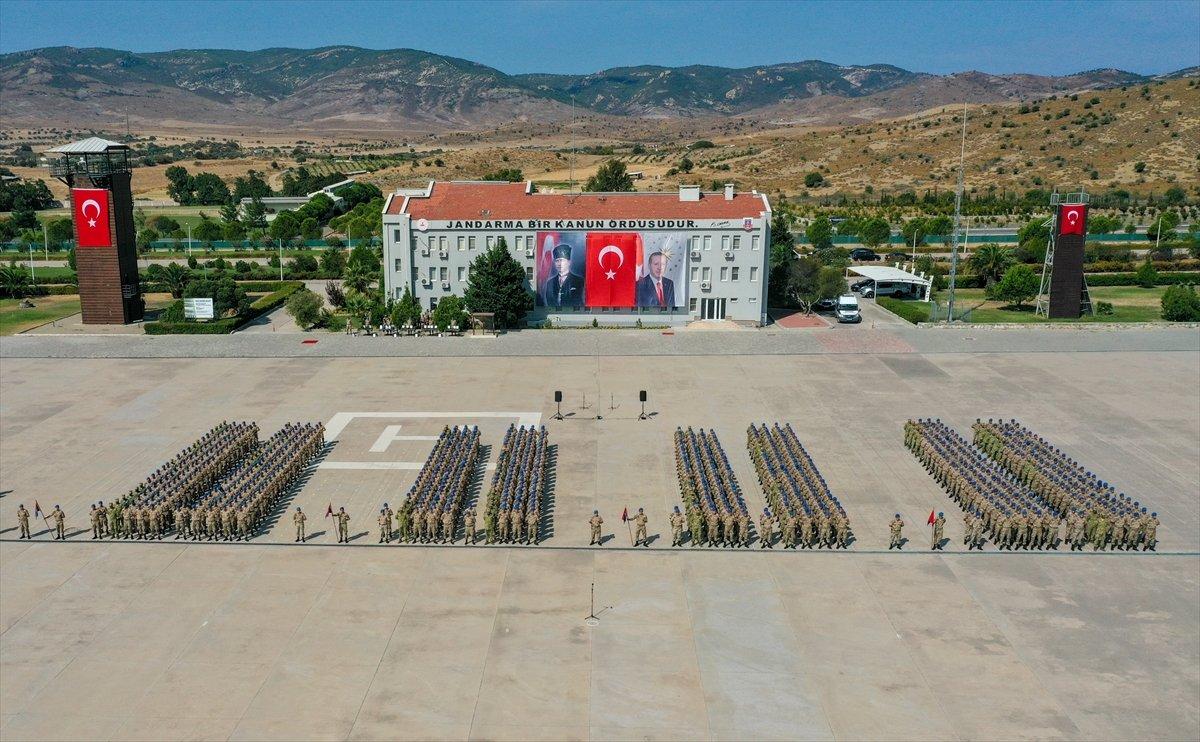 Foça da jandarmalar, terörle mücadele eğitimini tamamladı #1