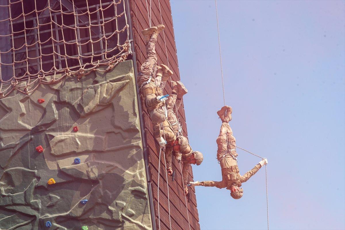 Foça da jandarmalar, terörle mücadele eğitimini tamamladı #5