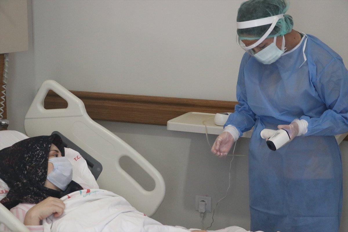 Hatay da aşı yaptırmayan hamile kadın, koronayken doğum yaptı #2