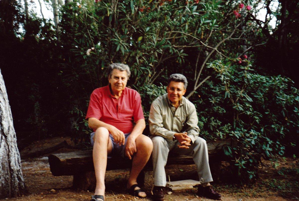 Türk dostu Yunan sanatçı Theodorakis, son yolculuğuna uğurlandı #4