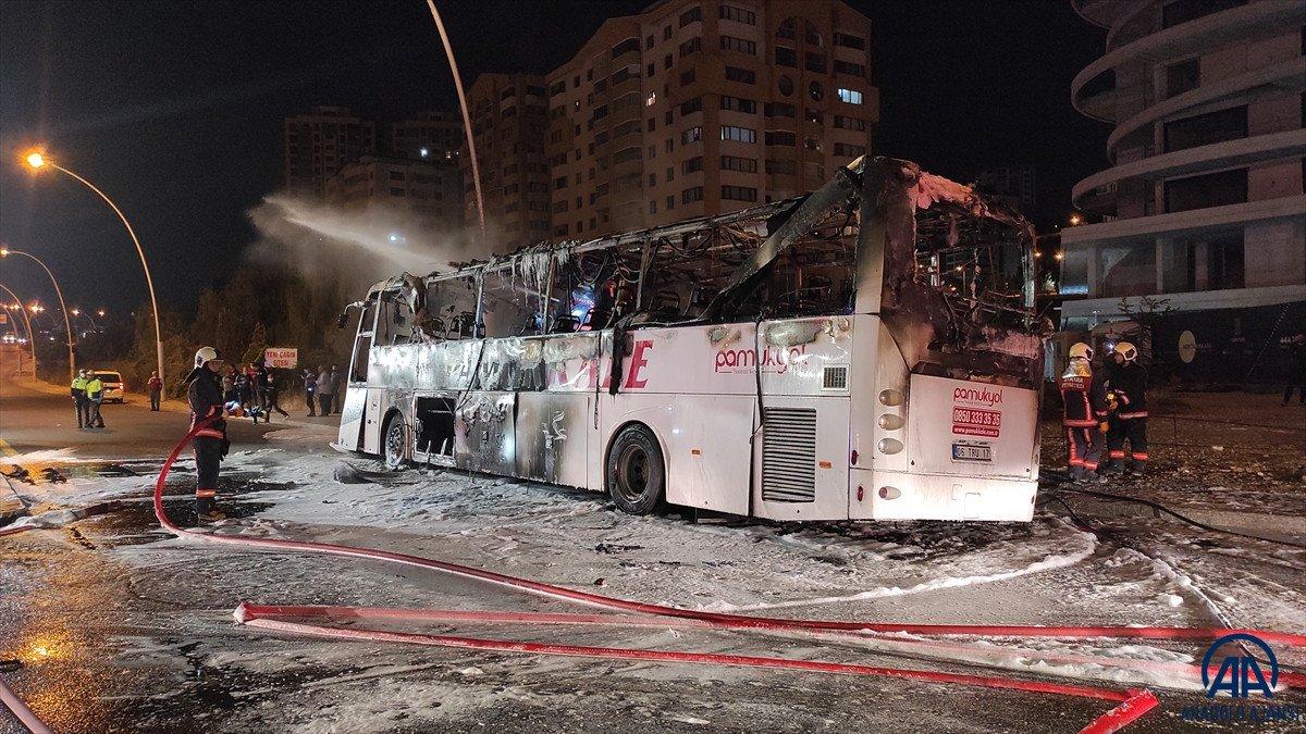 Ankara da yolcu otobüse alevlere teslim oldu: 1 ölü, 20 yaralı #2