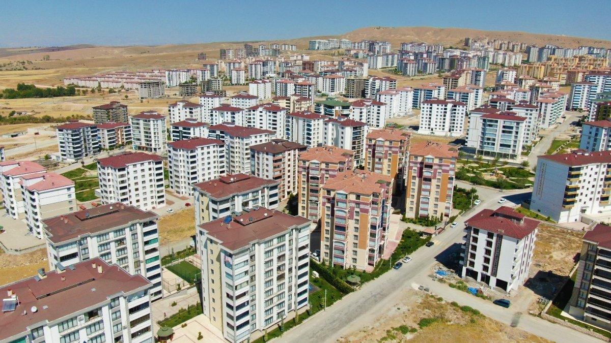 Elazığ'da kira fiyatları el yakıyor #3