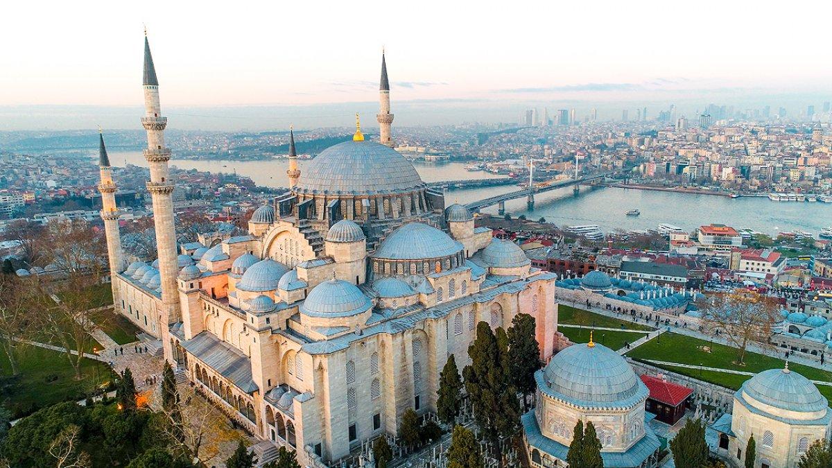 İstanbul, Avrupa nın 1 numaralı şehri seçildi #1