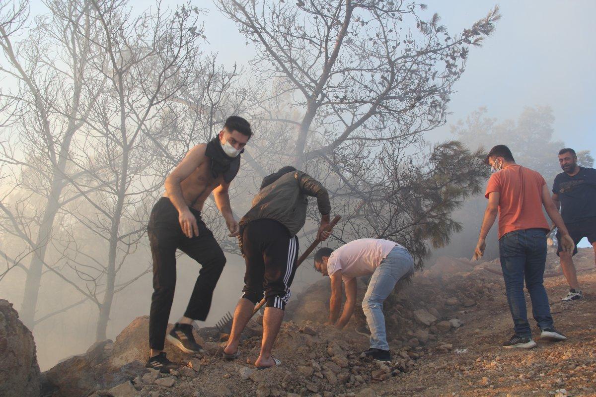 İzmir de ormanlık alanda çıkan yangın kontrol altında #6