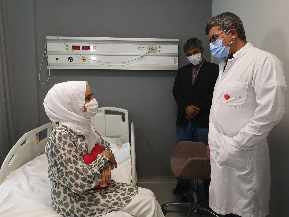 İstanbul'da kalp hastası kadın, koronavirüs testi pozitifken ameliyat edildi #4
