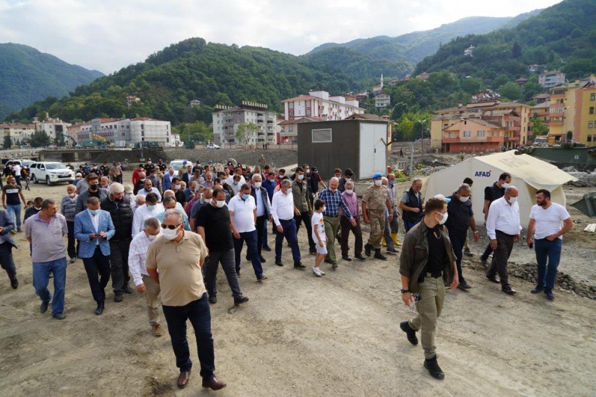 Sel bölgelerine toplam 720 milyon lira nakdi yardım yapıldı #1