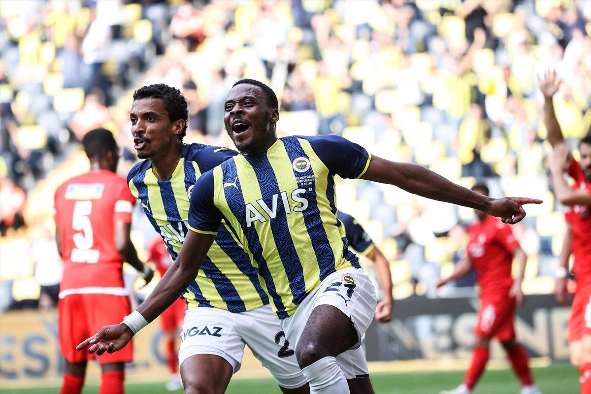 Fenerbahçe, Sivasspor la berabere kaldı #1
