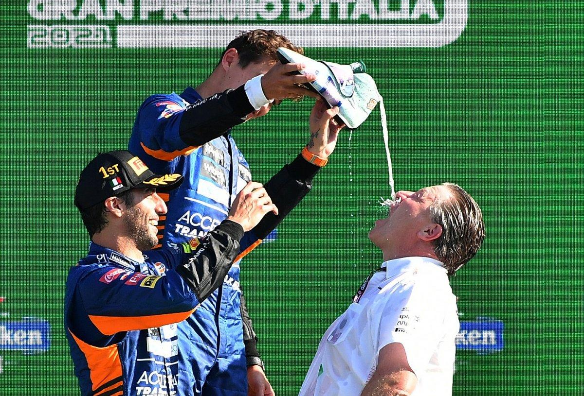 Formula 1 İtalya Grand Prix sini Ricciardo kazandı #9