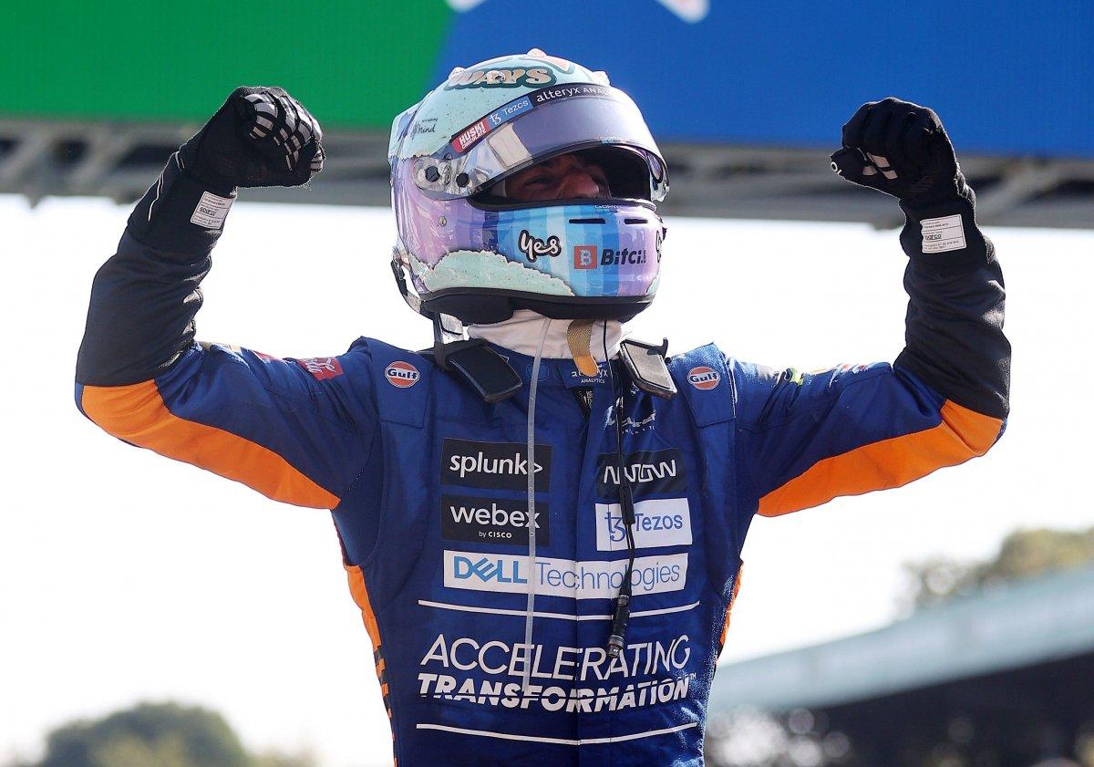 Formula 1 İtalya Grand Prix sini Ricciardo kazandı #6